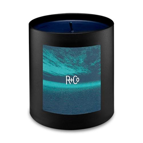 Парфумована свічка R+Co Dark Waves Candle